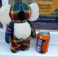 Bendigo Mac meets Edinburgh Shorts at the Scot's Day Out Gestival, Bendigo, Australia